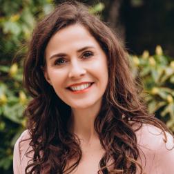 Babett  Zakenvrouw, model, blogger
